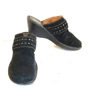 Born Black Suede Comfort Clogs Size 10/42 GUC